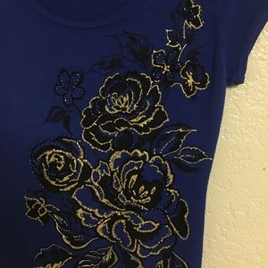 Cache Tops - BEAUTIFUL BRAND NEW CACHE EMBROIDERED TOP!!